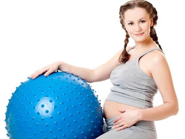 Как правильно выбрать фитбол для беременных >>>