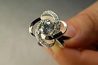 Женское серебряное кольцо с золотом и белыми фианитами