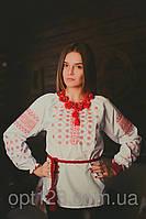 Нарядная женская сорочка вышиванка с орнаментом в украинском стиле