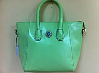 женская сумка  нежно-салатового цвета