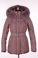 Женская куртка до середины бедра на синтепоне. с настуральным мехом на капюшоне.