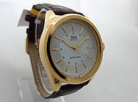 Часы мужские Q@Q  классические в золоте, водозащита, Q416J102Y