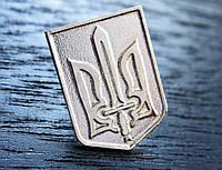 Значок Герб Украины с мечом