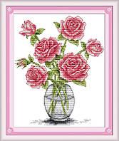 Набор для вышивки крестиком Розы в вазе.