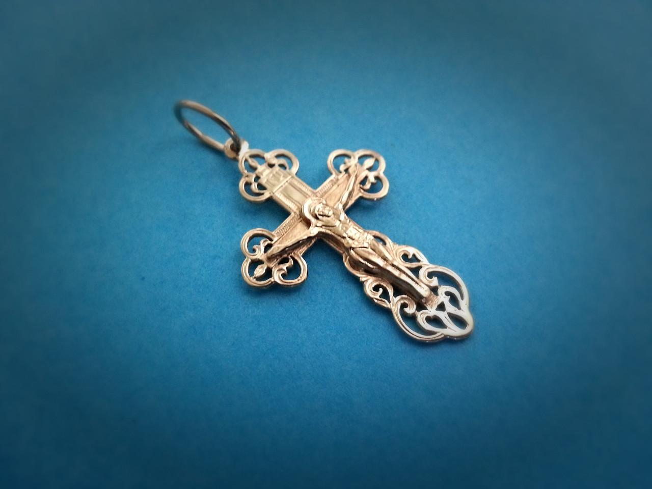 золотой крестик на крестины