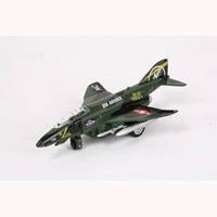 Модель Самолет военный