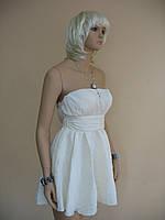 """Короткое летнее платье цвета слоновой кости, с завышенной талией """"под пояс"""" и двойным расклешенным низом"""