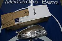 Поворотник повторитель поворота правого зеркала Mercedes GL X164 X 164
