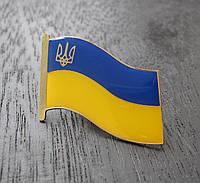 Значок флаг Украины с тризубом большой