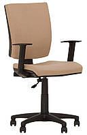 Кресло для персонала CHINQUE GTR