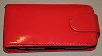Чехол-книжка для телефона Samsung S3650 красный лак с пластиковым креплением.