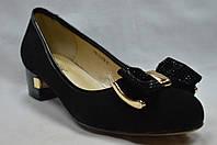 Черные замшевые туфли Erisses невысокий каблук с бантиком,большие размеры