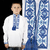 Детская вышитая сорочка для мальчика с синим орнаментом
