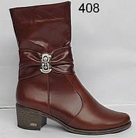 Женские кожаные осенние ботинки на небольшом широком каблуке