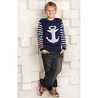 Модный вязаный свитер для мальчика