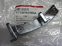 Петля люка (двери) стиральной машины LG 4774ER2005A