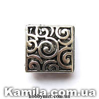 """Металл. бусина """"квадратная с узором"""" серебро (1,5 см) 2 шт в уп."""
