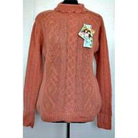 Теплый вязанный свитер под горло из шерсти  красивого цвета
