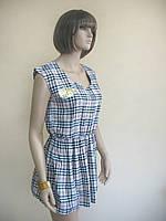 Женское летнее платье в клетку с принтом короны на груди