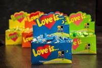 Жвачки Love is ассорти 100 штук