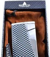 Зажигалка на подарок Baofa 3897 Оригинальный дизайн Прямая форма Серебристый цвет Огонь всегда рядом Новинка
