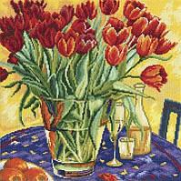 Набор для вышивки крестиком RTO M376 Тюльпаны на столе