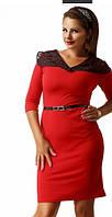 Деловое платье с кружевом