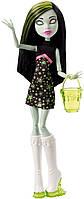 Кукла Монстер Хай Скара Скримс в серии Школьная ярмарка (Ярмарка монстров) Scarah Screams Ghoul Fair