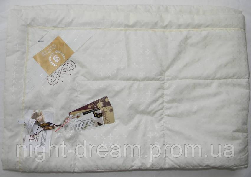 Шелковое одеяло  200х220 Goldentex  447