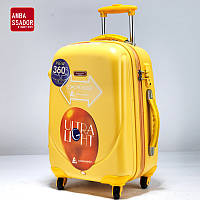 Пластиковый чемодан Ambassador Classic Expandable 8503 (Большой)