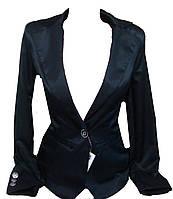 Женский пиджак пуговица