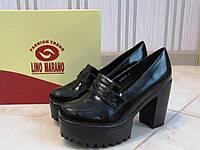 Модные женские туфли на платформе черные лаковые