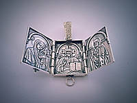 Серебряная ладанка Триптих: Икона Богородица Казанская, икона Иисус-Вседержитель, икона Николай-Чудотворец.