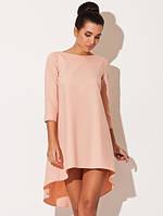 Платье свободного кроя из платьельно-костюмной ткани персикового цвета сзади длиннее впереди короче