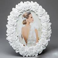 Овальная фоторамка для свадебной фотографии с розами в виде липнины