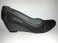 Кожаные польские женские удобные туфли на танкетке 36р Aga