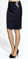 Женская юбка темно-синего цвета длиной по колено. Модель 20010 Enny, коллекция осень-зима 2016.