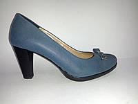 Кожаные польские женские синие удобные стильные классические туфли на каблуке 40 Kordel