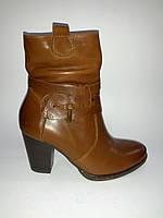 Кожаные демисезонные польские женские коричневые полусапожки на каблуке 37р Kordel
