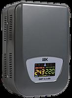 Стабилизатор напряжения Shift  5,5 кВА электромеханический настенный IEK