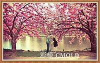 "Алмазная вышивка ""Влюбленная парочка на фоне цветущих сакур"""