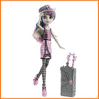 Кукла Monster High Рошель Гойл (Rochelle Goyle) из серии Travel Scaris Монстр Хай