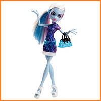 Кукла Monster High Эбби Боминейбл (Abbey Bominable) из серии Travel Scaris Монстр Хай