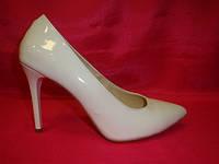 Свадебные туфли лодочки белые лаковые