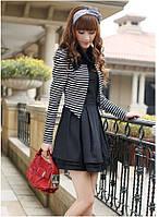 Платье-комбинация: черное платье и полосатый жакет