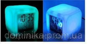 """Часы-будильник """"Хамелион"""" с термометром, меняет цвет - Товары для дома,отпариватели, аэрогрили,капсулы для похудения,прокладки,товары для детей «ДОМИНИКА» в Киеве"""