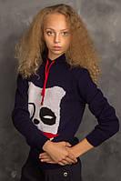 Теплый свитер с капюшоном для девочки