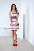 Оригинальное льняное платье декорировано  вышивкой в украинском стиле