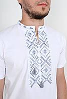 Качественная молодежная вышиванка в белом цвете с этническим орнаментом