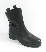 Женские кожаные полусапожки черные